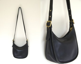 Vintage Coach Classic Black Leather with Brass Buckles 9950 Shoulder Bag Purse Tote