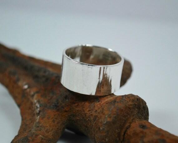 Wedding Band - Tree Bark Wedding Band - Sterling Silver Woodland Ring - Nature Inspired Ring - Unisex Wedding Band