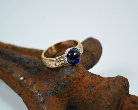 Solitaire Sapphire Engagement Ring - 14K Gold - Vintage Style Engagement Ring - Blue Sapphire Engagement Ring