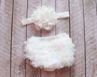 Baby Girl Ruffle Bottom Bloomer & Headband Set in Off White - Newborn Photo Set - Infant Bloomers - Diaper Cover - Baby Gift - Baby Girl