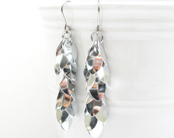 Chainmaille earrings, long silver earrings, shaggy scales earrings, chainmaille jewelry