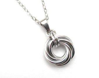 Silver Love Knot chainmail pendant necklace, circle pendant