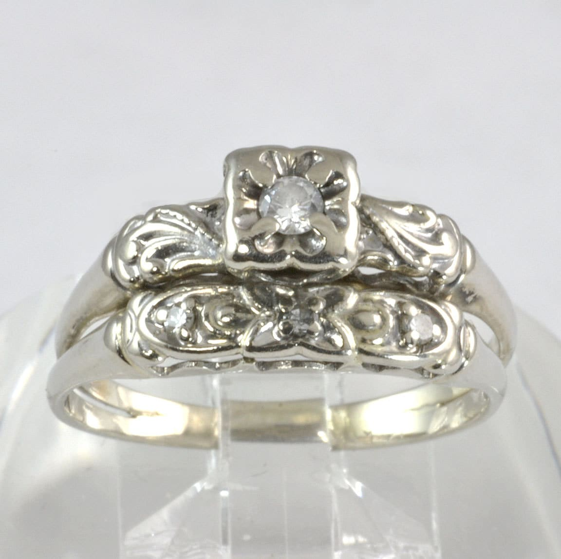 1940s 14k White Gold Vintage Diamond Engagement Ring And