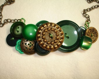Button Necklace - The Charm of EMERALD - Vintage Button Jewelry - Emerald Green  - Gold Metal buttons - OOAK - Green Necklace