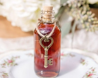 SALE ends Sunday One Mini Bottle Filled with Maple Syrup Tied with Twine and a Key for a Key to My Heart Theme Wedding, Maple Syrup Mini Wed
