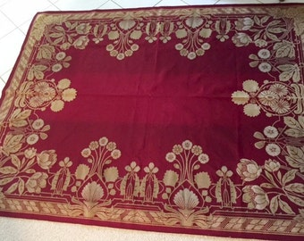 Vintage ARTS and CRAFTS Throw.   Area rug, Wall hanging
