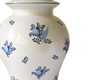 Large Blue and White Floral Ginger Jar Table Lamp