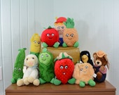 1980's Del Monte Country Yumkins Stuffed Plush Fruits and Vegetables Collection LOT