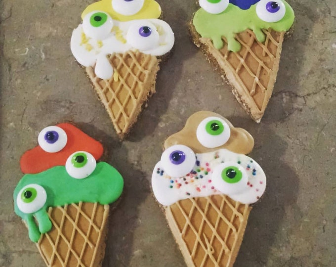 3 Large Eyes cream cones ice cream cone treats Halloween Spooky treats