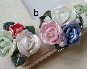 Two Holes and Flat Back Porcelain Cluster Roses  (t.h)(s.m)