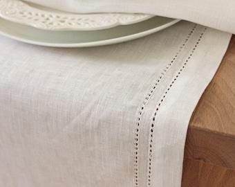 Linen table runner Elbla soft white