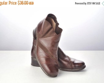 ON SALE Vintage Brown Leather Ankle Boots with Elastic Panels