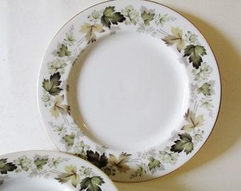 Royal Doulton Dinner Plates, Larchmont, Autumn Decor, Fall Leaves, Set of Five, Farmhouse Chic