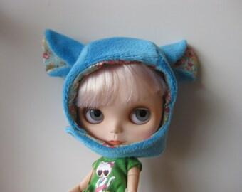Blue bear hat for Blythe