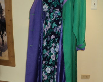Vintage Vibrant Green Coat and Dress Combination in Near Mint Condition, Late 1980's, Early 1990's Style Outfit with classic timeless appeal