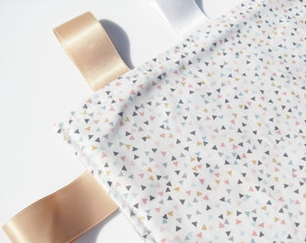 Taggie Blanket Baby Neutral Lovey comforter Triangles Fabric Silver Minky toddler taggy blanket