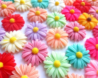 10 Pcs - 26mm Assorted Daisy Flower Cabochons
