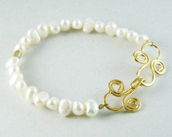 pearl bridal bracelet pearl and gold bracelet antique style bracelet pearl wedding bracelet