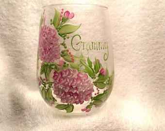 Free shipping Hydrangea hand painted personalized stemless wine glass for grammy mom mema sister friend aunt etc