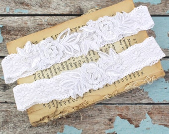 White Embroidery Flower Lace Wedding Garter Set, White Garter Set, Toss Garter ,White Garter Belt / GT-34