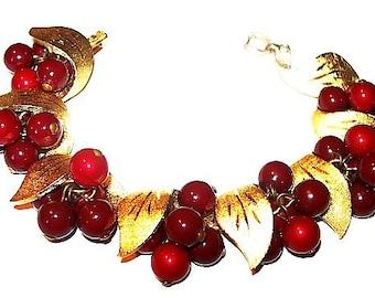 """Red Gold Link Bracelet Fruit Cluster Beads & Leaf Decorations Fall Autumn 7"""" Vintage"""