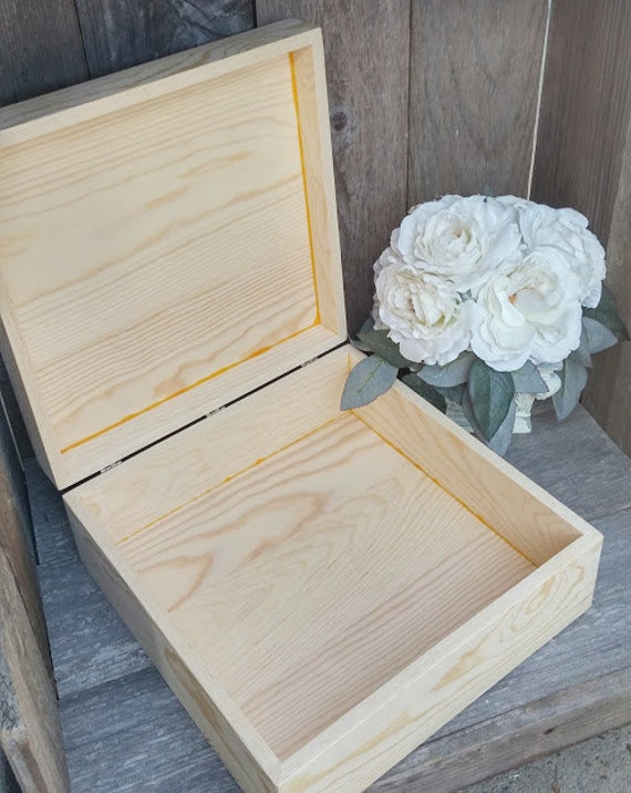 LARGE UNFINISHED BALSA WOOD JEWELRY BOX with HINGES and LATCH  |Large Unfinished Wooden Boxes