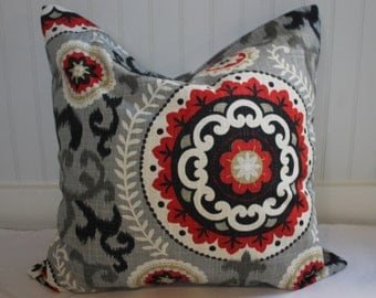 Waverly Grey, Black and Ivory Pillow Cover in Medallion Print