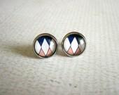 Argyle Stud Earrings : Glass Diamond Pattern