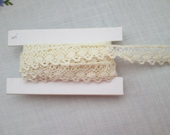 Vintage Lace Trim Edging - 164inch - 4.16m x 2cm - Cream/Ivory - Scalloped