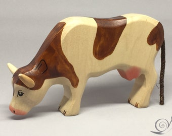Toy cow wooden white  brown spots browsing grazing Size: 15,5 x 9,5  x 2,7 cm (bxhxs) approx. 135,0 gr.