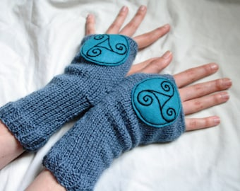 Arm warmers - Fingerless gloves - knitted Irish wool - Celtic design - blue - made in Ireland