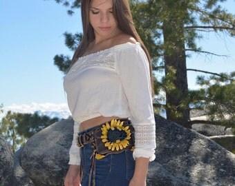 Brown sunflower leather pocket belt