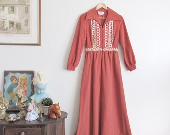Vtg 70s Dusty Rose Flannel Gown • Soft & Warm Embroidered Boho Winter Maxi Nightgown House Dress - M/L