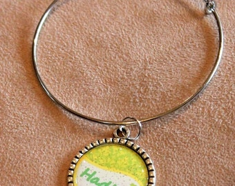 Bangle bracelet with Hadley pendant, many colors and made with any name, adjustable bracelet, silver metal