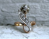 Sweet Vintage Retro 14K Rose Gold Diamond Rose Ring.