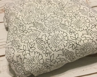 black and white floral Crib Sheets