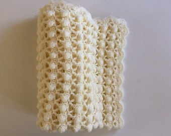 Pom-Pom and Scallop Baby Blanket - Cream