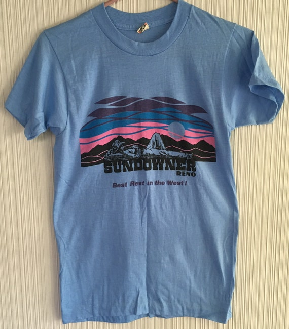 On sale vintage 1980 39 s sundowner reno t shirt small for Reno t shirt printing