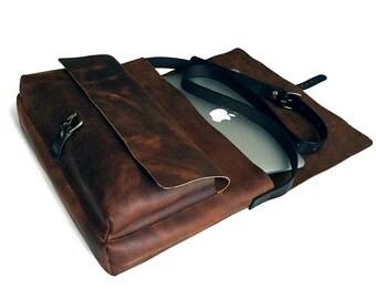 Messenger Bag / Chestnut Color / Satchel / Lap Top Bag.