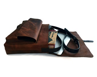Messenger Bag / Chestnut Color / Satchel / Lap Top Bag.