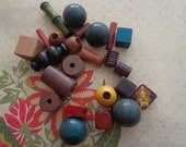 Mixed Lot of Vintage Medium to Ex Large Wooden Beads, Multi Colored, 5 Oz.