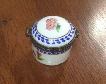 Limoges, Porcelain, French Trinket Box, Signed Porcelain Art, Vintage Collectibles BLACK FRIDAY CHRISTMAS Sale