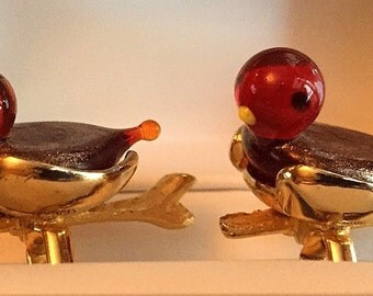 Extremely Rare Original Vintage SWANK Arts of the World Venetian Glass Bird Cufflinks