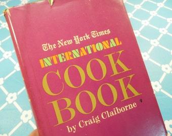 New York Times International Cookbook Craig Claiborne Vintage 1970s