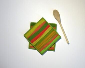 Green Pot Holders, Quilted Pot Holders, Modern Kitchen Decor, Pot Holders, Green Hot Pads, Hostess Gift