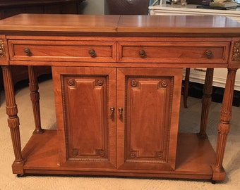 Thomasville Buffet/Server/Sideboard French Louis XVI style