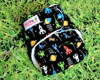 One-Size Flannel Fitted Cloth Diaper - Retro Game Print