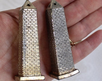 Washington Monument Salt and Pepper Shaker Set- Vintage/ Antique Metal- Small shakers