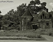 Abandoned, Abandoned House, Black and White, Fine Art Photography, 8x10 or any size, Creepy, Rustic, Wall Art, Architectural Photography