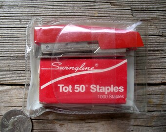 Vintage Swingline Tot Stapler Kit - Mini Portable Office Accessory - Back To School Supplies - Old Paper Fastener